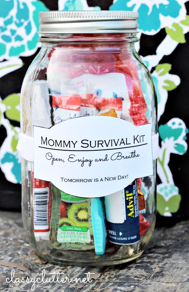 Anyák napja ajándék: túlélőkészlet befőttesüvegben.